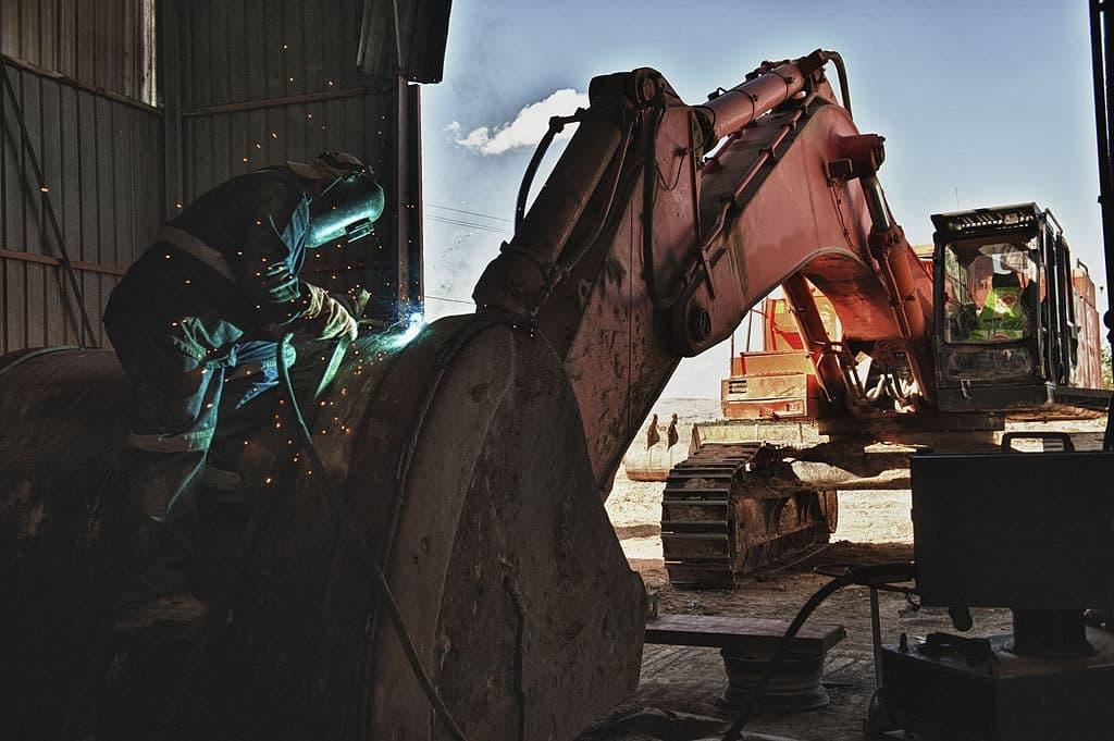 Earthmoving Equipment Repairs in Brisbane